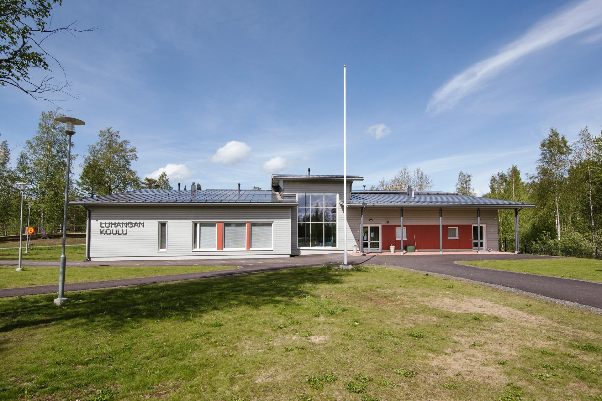 Luhanka Koulu 9